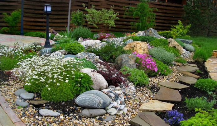Горка для сада своими руками