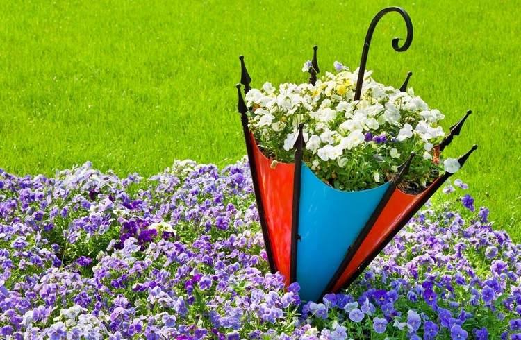 садовые украшения из старых вещей13