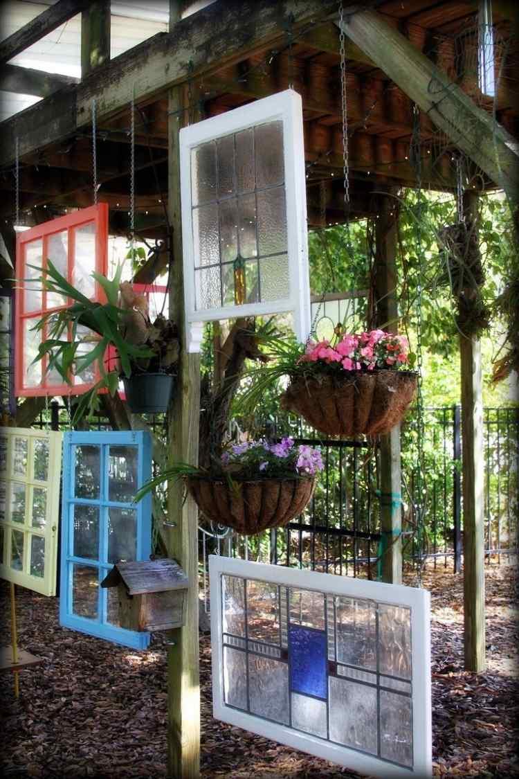 садовые украшения из старых вещей30