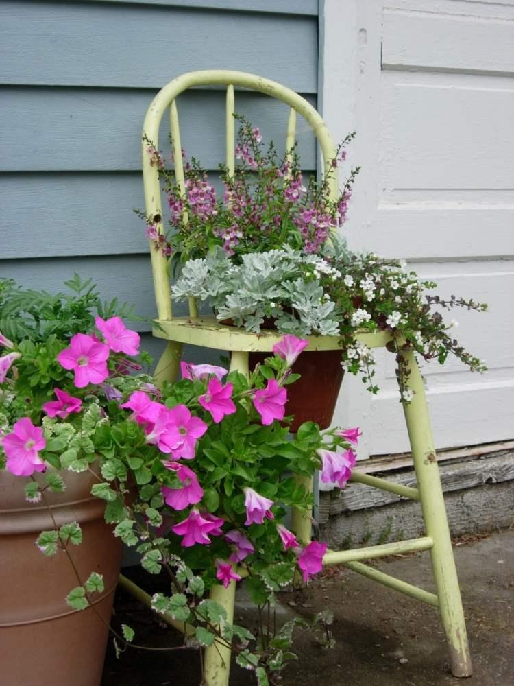 садовые украшения из старых вещей6